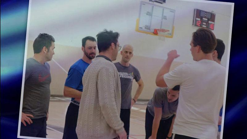 Matchs de basketball - Élèves contre enseignants